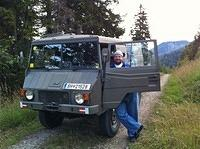 "OE7SPI Peter was a great support with a ""Pinzgauer 4x4"""