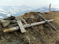 summit cross up on Saalbachkogel